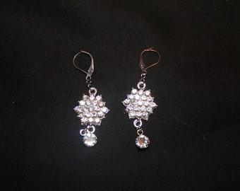 Ladies crystal pierced earrings