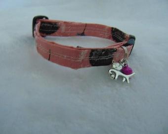 Pink hedgehog print cat collar