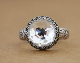 VINTAGE SPARKLES antiqued 925 sterling silver ring with vintage Swarovski clear crystal cab