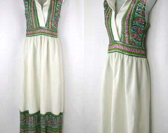 1970s Green Paisley and White Sleeveless Maxi Dress, Floor Length Dress, Boho