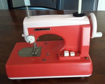 Vintage 1960's Sew-Ette Child's Zig Zag Toy Sewing Machine