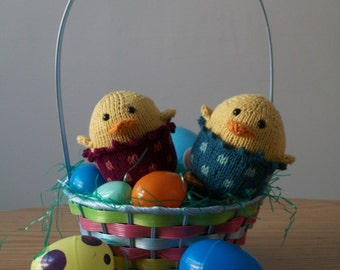 Egg Dude - PDF Knitting Pattern