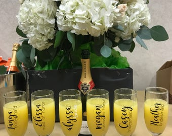 Champagne Glasses - bridesmaid gifts - maid of honor - matron of honor - wedding - mother of bride / groom - wedding