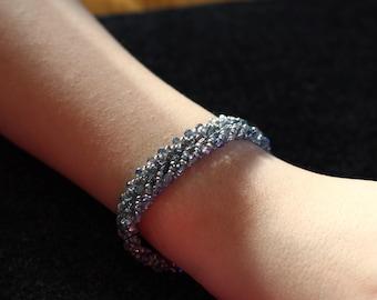 V Glass beaded bracelet, threaded bracelet, handmade, blue bracelet, discounted, cheap beaded bracelet, bead work, brightlightbeads