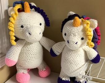 Mom and baby unicorn