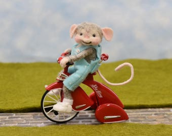 Needle Felted Mouse Riding His 1st Tricycle!
