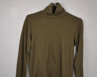 Camo Green Turtle neck long sleeve top // large Kids