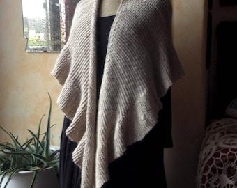 REDUCED Handknit shawl - wool/silk/alpaca - off-white - Jane Eyre