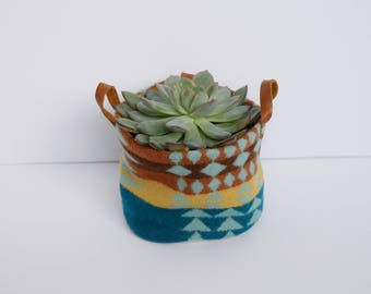 Boho Fabric Planter, Western Wool Plant Holder, Southwestern Small Storage, Bohemian Succulent Planter