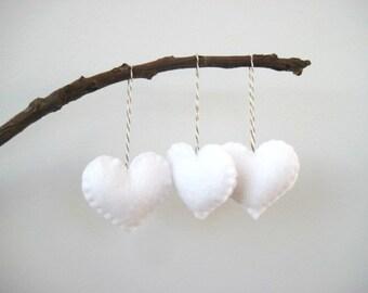 Coeur en feutrine ornements de journée Decor Saint Valentin décorations coeur ornements de sapin de Noël ornement des faveurs la Saint-Valentin de mariage