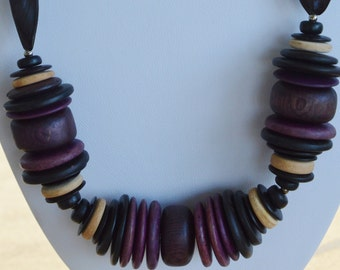 Pretty Vintage Plum, Brown Wooden Beaded Necklace, Listing #141