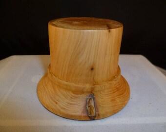 cade1 wooden base