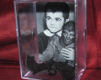 The Munsters Collectible Eddie,Woof Woof and Igor the bat Display/great *unique* gift idea or great addition to a collection!!!