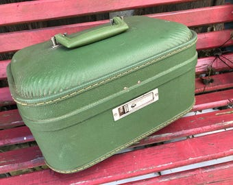 Vintage Green Train Case/Overnight Suitcase