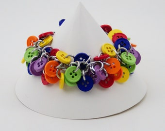 Shaggy Loops Rainbow Buttons Chainmaille Bracelet / Primary Colors