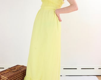Vintage Sun Dress / 70's Empire Waist Halter Dress / Yellow Polka Dot Ruched Ruffle Maxi / XS