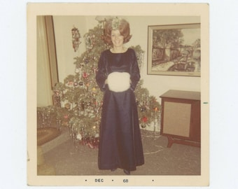"Vintage Snapshot Photo: ""Dixie,"" Maid of Honor, 1968 (78604)"