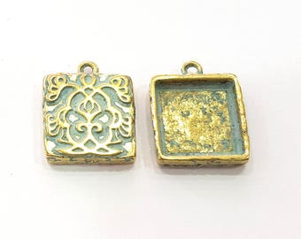 4 Patina Blue Charms Antique Blue Pendant Blank  , Faux Patina over Antique Bronze Tone  (17mm) G9205