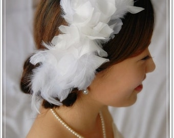 Bridal Feather Fascinator-Swan Headpiece- Bride Fascinator, Wedding Hair Piece, Bridal Hair Clip, Feather Fascinator