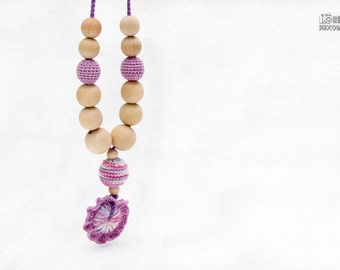 Nursing necklace - Organic Teething necklace -pendant teething toy- lilac and multicolor flower. Fresh finds.