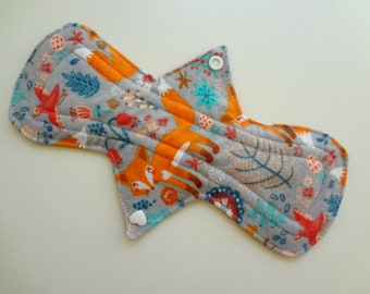 """10"""" Heavy Flow - Foxes in the Meadow - Waterproof Reusable Flannel Cotton Cloth Pantyliner Sanitary Pad"""
