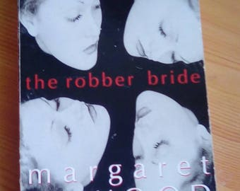 Virago Press book Margaret Atwood The Robber Bride classic paperback