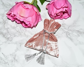 WHOLESALE Price Deal - Rose Gold Velvet Jewellery Pouches - Jewellery Jewelry Supplies - Rose Pink Velvet Pouches - Gift Packaging - Sale