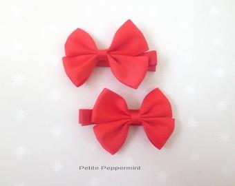 Red Baby Hair Clip, Girl Hair Bow, Toddler Hair Bow, Infant Hair Clip, Baby girl hair bow, Baby Barrette, Girl Barrette