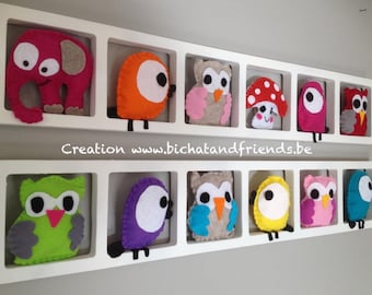 Trendy Deco, nursery wall frames, owls, birds, colorful tones