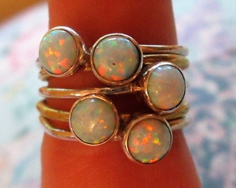 RING - FIRE OPALS  - 5 Stacking   - Two tone - Vermeil - 925 - Sterling Silver  - size 6 1/2    Opals548
