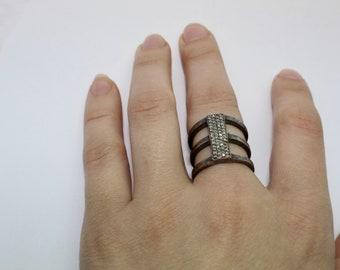 Vintage 925 sterling silver diamonds ring