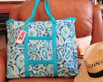 Extra Large Quilted Teal Travel Tote / Carry On Luggage / Overnight Bag / Zippered / Folding /