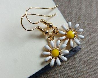 Daisy Earrings. Flower Jewelry. Daisy Charms Earrings. Flower Earrings. Daisy Jewellery. Gift Under 10