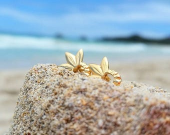 Pineapple stud earrings, pineapple jewelry, be a pineapple, gift for her, gift for women earrings, stud earrings