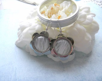 Vintage Swarovski Givre Daisy Earrings