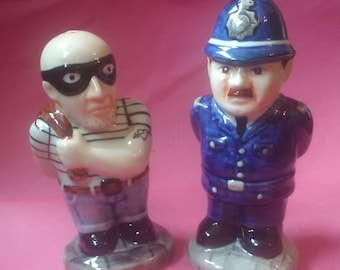 Cop and Robber HP salt and Pepper Posts