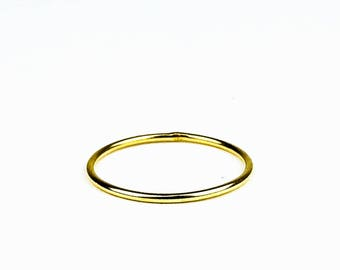 Alexia-Smooth Stacking ring