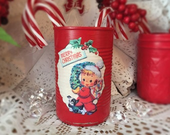 Shabby Chic Retro Tin Can Vase Christmas Decor Kitschy Handpainted Red Decoupage Vintage Little Boy Wreath Xmas Decoration Table Centerpiece