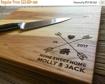 SUMMER SALE - 10% OFF - Personalized Cutting Board, Engraved Cutting Board, Personalized Wedding Gift, Wedding Gift, Housewarming Gift, Anni