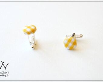 """Boutons de manchette, """"Menton"""", vichy jaune et blanc, en tissu, marque Woodiny, création française, cadeau témoin, marié, mariage (la paire)"""