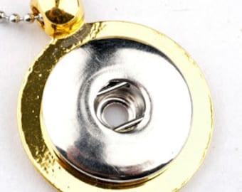 Get Snappy! Gold Snap Pendant