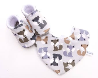 Set with booties and baby Fox - set with non-slip slippers baby cotton bib and cotton bib