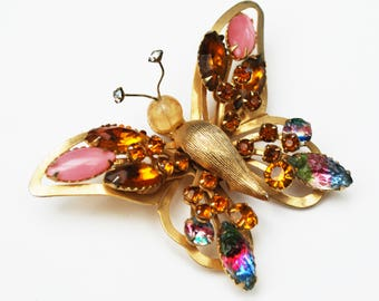 Selini Butterfly Brooch - Amber Pink Rhinestone -  Watermelon Color Givre Crystal - Gold metal -  Insect pin