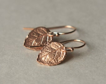 Rose Gold Leaf Earrings, Minimal Earrings, Gift for Mom, Nature Jewelry, Small Dangle Earrings, Rose Gold Jewellery, Gardening Gift Women