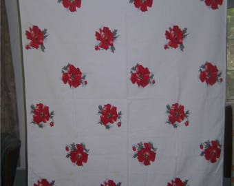 1950s Print Kitchen Table Cloth - Red Poppies