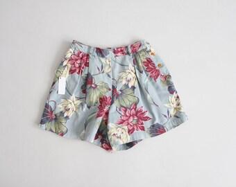 Short floral botanique | le short fleuri bleu et rose | short taille haute