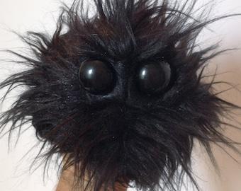 Handy Monster - So Black