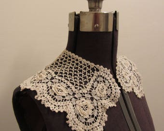 Hand Crocheted Collar Vintage; Crocheted Collar, Hand Made Collar, Lace Collar