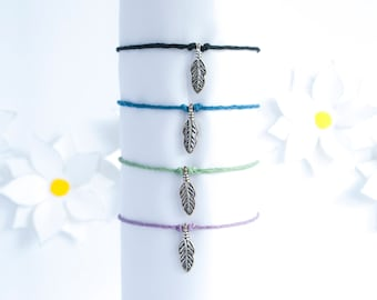 Feather Charm Bracelet | Simple Hemp Cord Bracelet | Stackable Bracelet | Handmade Jewelry | Adjustable Bracelet | Feather Jewelry