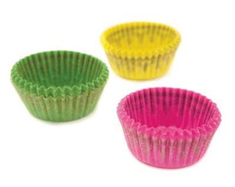 Assorted Green, Pink, and Yellow Mini Baking Cups Liners with Gold  - 100 Count